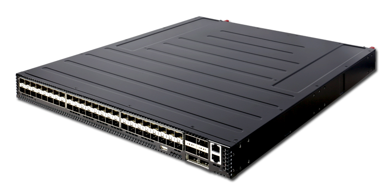 Edgecore AS7312-54XS 48-port 25GbE SFP28 + 6 port 100GbE QSFP28 switch power-to-port airflow